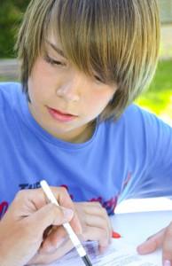 élève concentré 2